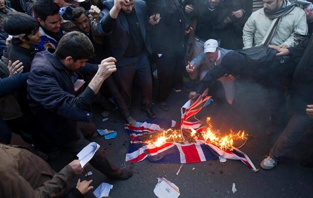 British embassy in Tehran: Burning British flag